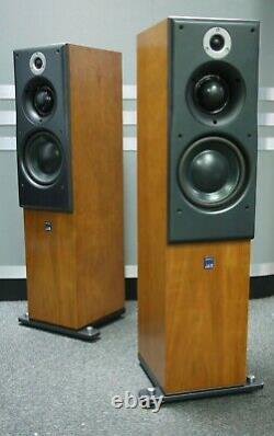 ATC SCM40 Floorstanding Speakers in Cherry Preowned