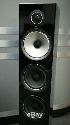 B&W 704S2 Floorstanding Speakers in Gloss Black Preowned