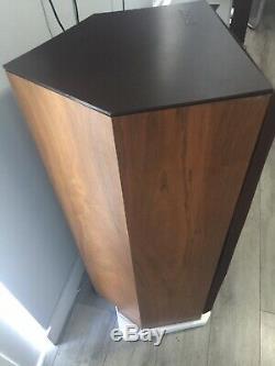 B&W Floor Stand Speakers DM3000
