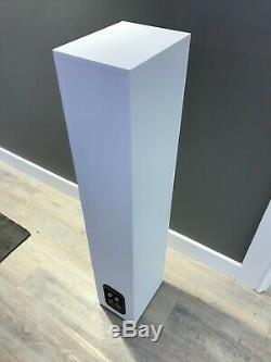 Bowers & Wilkins B&W 684 S2 HiFi Floorstanding Speakers NEW White Pair Boxed