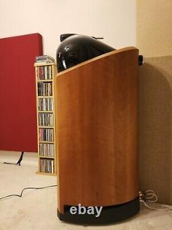 Bowers and Wilkins B&W Nautilus 802 Floor Standing Speakers. Superb