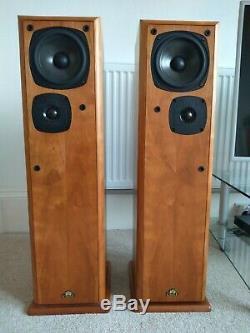 Castle Severn 2 Compact Floorstanding Hi-Fi speakers, Cherry