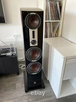 Dali Epicon 8 Floorstanding Speakers In WALNUT High Gloss Lacquer