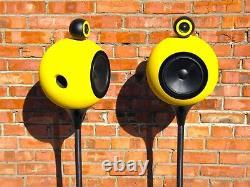 Deluxe Acoustics DAF-350 legendary floor standing stereo Hi-End speakers yellow