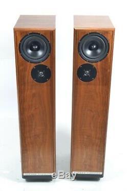 Devore Fidelity The Nines Walnut Floor Standing Speakers Gibbon Series