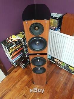 Jamo C809 floorstanding Speaker Pair