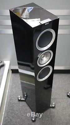 KEF R500 Floorstanding Speakers in Piano Black Ex Display