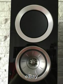 KEF R500 floorstanding speakers