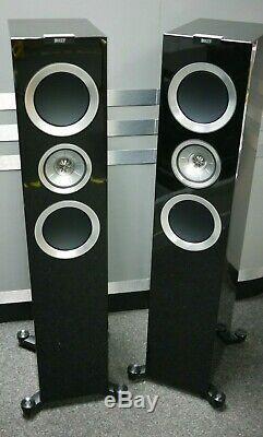 KEF R700 Floorstanding Speakers in Piano Black Preowned