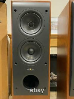 KEF REFERENCE SPEAKERS MODEL Three Rosetta Burr Stunning Exceptional BOXED