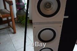 Kef Q500 Floor Standing Speakers White Exelant Condition