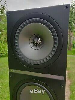 Kef Q900 Floor Standing Speakers in Rosewood Good Condition