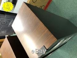 Kef R700 Walnut Floor Standing Speakers