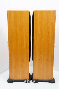 Monitor Audio Silver RS6 floorstanding speakers in Oak