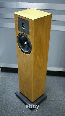 Neat Acoustics Elite SE Floorstanding Speakers in Oak Preowned