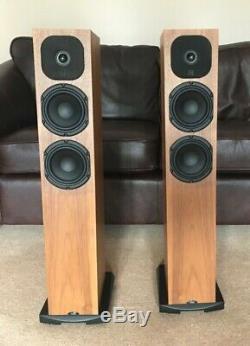 Neat Acoustics Motive SX1 Floor stand speakers Excellent