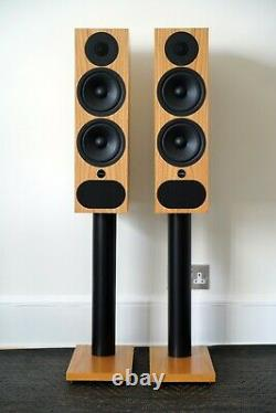 PMC FACT. 3 Speakers RRP £4100 Oak Fact 3 Floor standing WITH BOXES