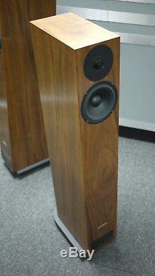 PMC Twenty 23 Floorstanding Speaker in Walnut Preowned