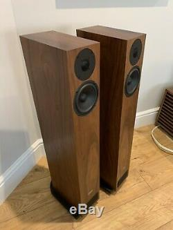PMC Twenty 23 Speakers Walnut Floorstanding Loudspeakers Boxed Award Winner