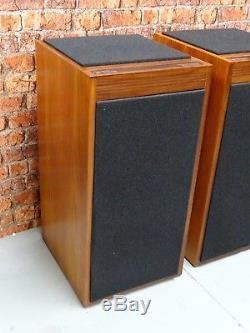 Pair of Linn Vintage Hi Fi System Use DMS Isobarik Floor Standing Loud Speakers