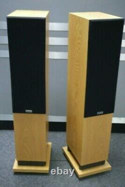 ProAC Response DT8 Floorstanding Speakers in Oak Preowned