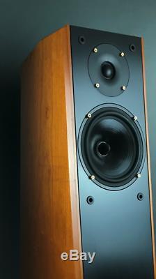 RUARK ACOUSTIC Templar II Floorstanding Speakers. Diffusori