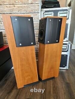 Ruark CL20 Floor Standing Speakers (Cherry)