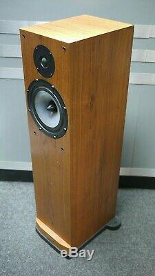 Spendor S8e Floorstanding Speakers in Cherry Preowned
