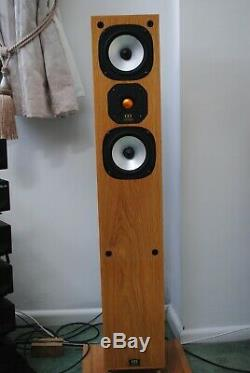 Stunning Monitor Audio Studio 12 floor standing Speakers