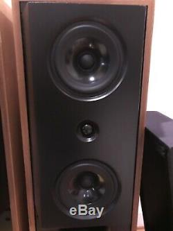 Vintage KEF 104/2 Floorstanding Stereo Speakers Exc. Cond. With Boxes. Work Great