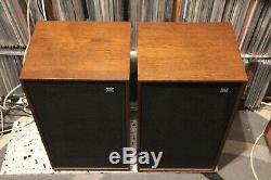 WHARFEDALE DOVEDALE 3 vintage speakers floorstanding refurbrished MUNDORF CAPS
